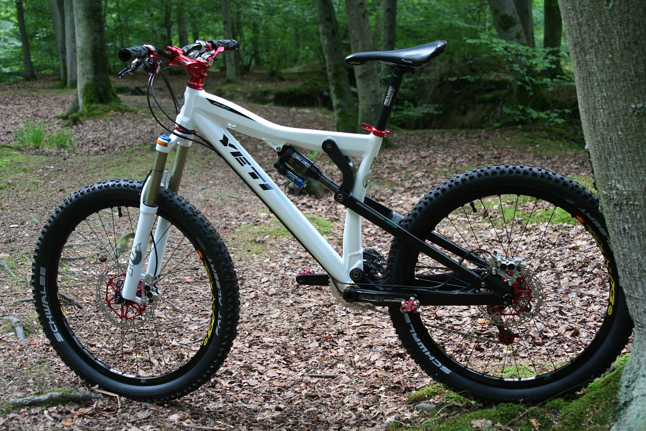Your Bikes Your Yeti Carsten S Yeti Asr 7 Frame Parts By